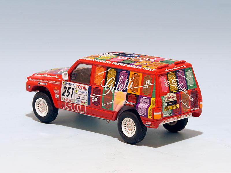 Nissan-Giletti-Dakar-1999-arriere-gauche
