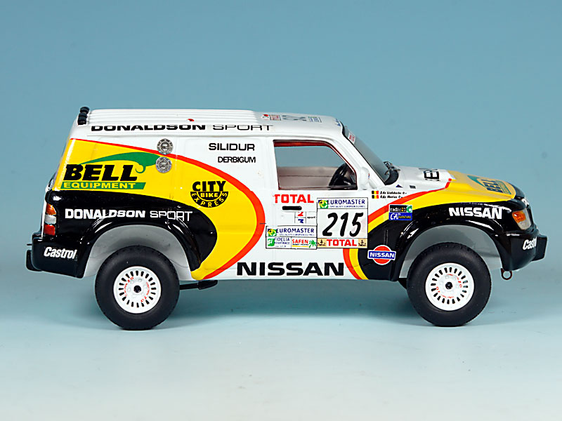 Nissan-Donaldson-Dakar-99-01
