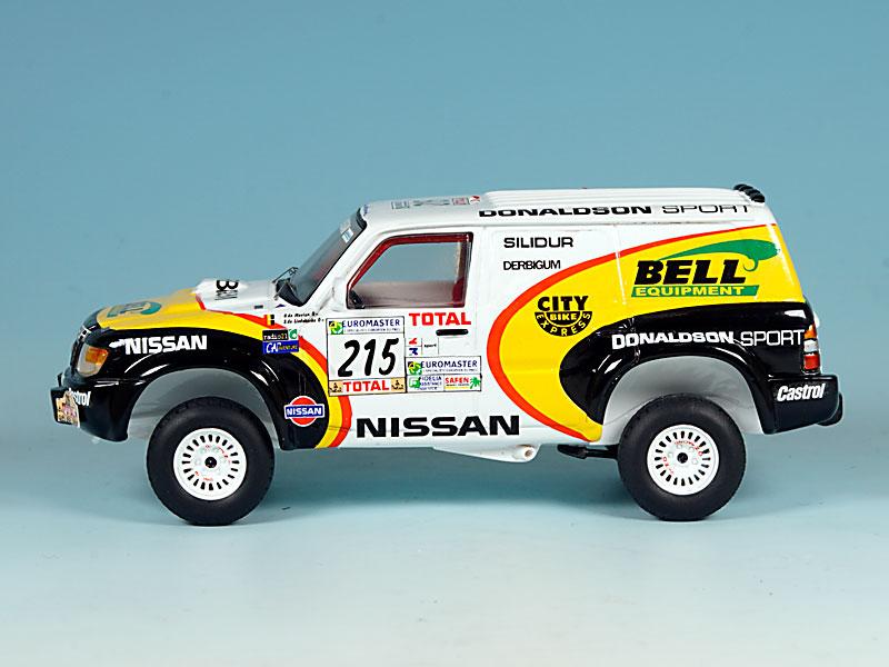 Nissan-Donaldson-Dakar-99-02