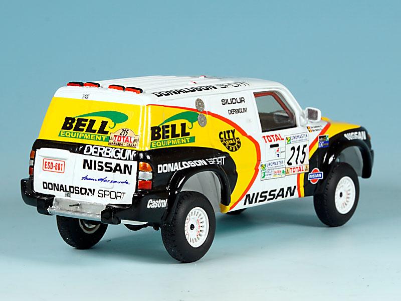 Nissan-Donaldson-Dakar-99-arriere-droit