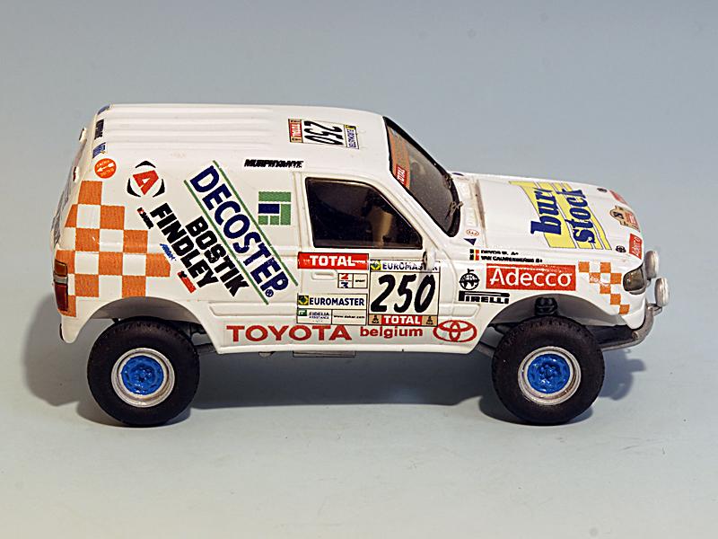 2504-toyota-hdj80-t3-adecco-2001-04